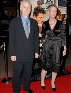 Jamie lee curtis dating history famousfix for Jamie lee curtis husband christopher guest