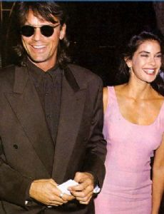 Richard Dean Anderson and Teri Hatcher