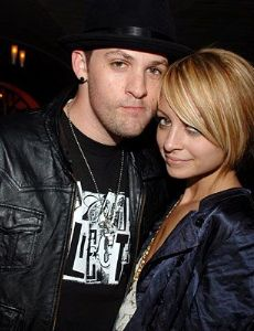 nicole richie and joel madden started dating