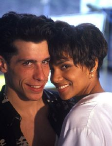 Halle Berry and Danny Wood