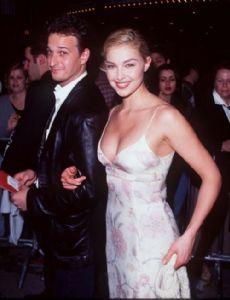 Ashley Judd and Josh Charles