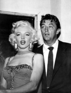 Robert Mitchum and Marilyn Monroe