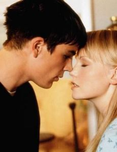 Josh Hartnett and Laura Harris