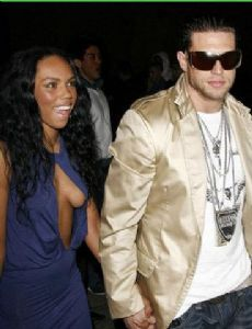 kiely williams dating j r rotem Adrienne bailon, sabrina byran, kiely williams, j r rotem, terius nash: producer(s) j r rotem: the cheetah girls singles chronology so bring it on (2007) fuego.