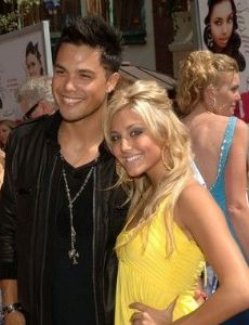 Who Is Cassie Scerbo Dating Now