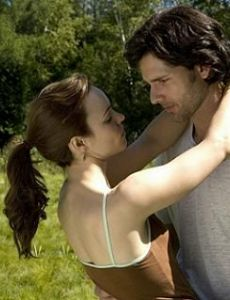 Rachel McAdams and Eric Bana