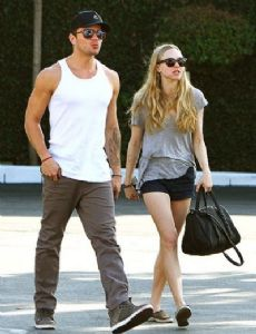 Ryan Phillippe and Amanda Seyfried