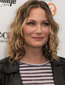 Jennifer Nettles