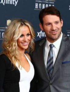 who is romo dating