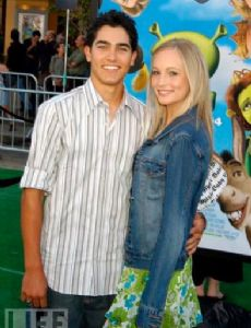 Tyler Hoechlin Dating History Famousfix
