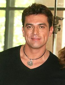 Jorge salinas wikipedia