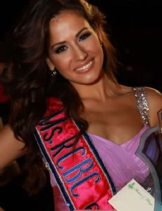 Adriana Reveron