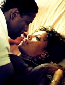 Denzel Washington and Sanaa Lathan