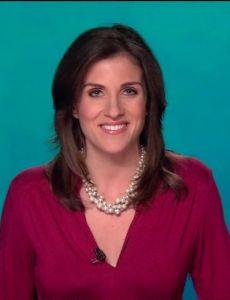 Lynn Berry (reporter)