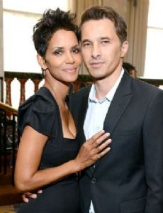 Halle Berry Boyfriend Dating History & Exes