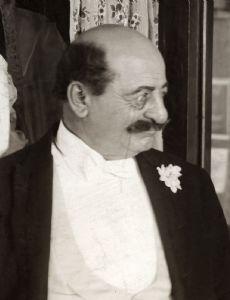 Russell Bassett