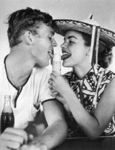 Terry Moore and Tab Hunter