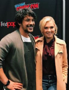 Eliza Taylor and Bob Morley