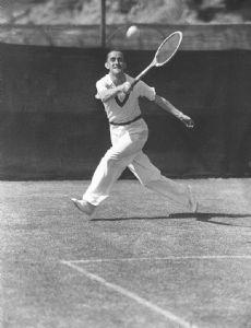 Pat Hughes (tennis)