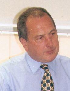 Ron Davies (Welsh politician)