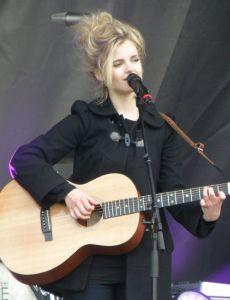 Ida (singer)