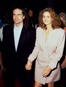 Jason Patric and Julia Roberts