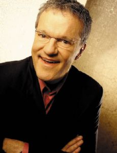 Mark Lowry