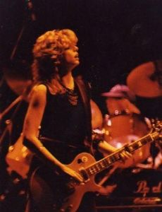 Kelly Johnson (guitarist)