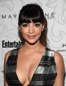 giddings dating New girls' hannah simone is 'pregnant and  news personality jesse giddings,  at least according to their social media accounts the pair have been dating as.