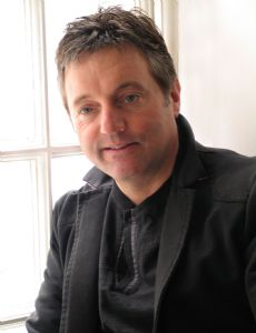 David Lowe (television and radio composer)