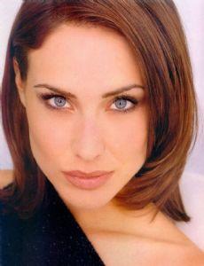 Claire Forlani