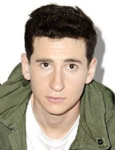 The Goldbergs Star, Sam Lerner Is Currently Dating His