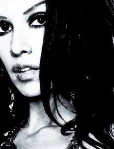 Amanda Victoria (model)