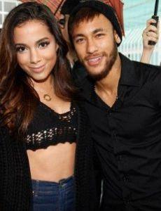 Neymar and Anitta