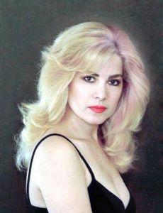 Julia Mora