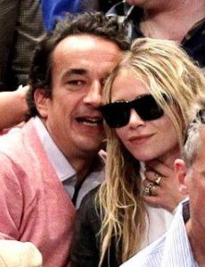 mary kate olsen dating history The former actress reportedly wed the brother of former french president nicolas sarkozy in a low-key ceremony.