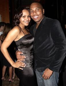 Who is samantha mumba dating