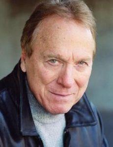 Greg Mullavey