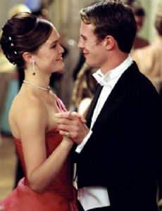 Julia Stiles und Luke Mably