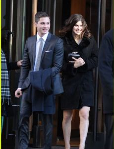 logan lerman dating history Who is alexandra daddario dating relationships alexandra daddario loves and hookups this list of alexandra daddario's boyfriends includes logan lerman.