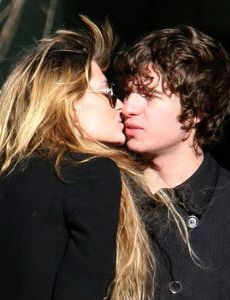 Mischa Barton and Luke Pritchard