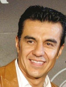 La Hora Pico Cast Members List Famousfix