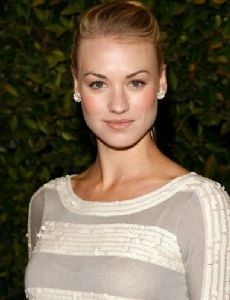who is yvonne strahovski currently dating