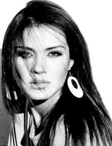 Laura Caro