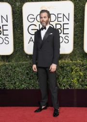 Chris Pine: 74th Annual Golden Globe Awards - Arrivals