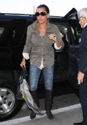 Vanessa Williams: at LAX airport in Los Angeles