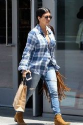 Kourtney Kardashian: Shopping at Trico Field