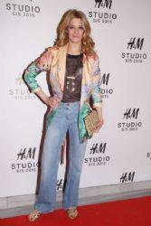 Jenny Theona: fashion event