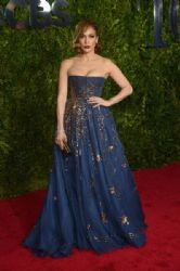 Jennifer Lopez wears Valentino - 2015 Tony Awards