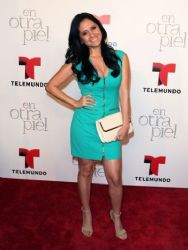Silvana Arias: TV series premiere